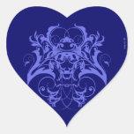 Flourish tribal del gótico en azul pegatina corazon