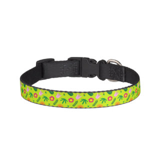 Flower and leaf pet collar