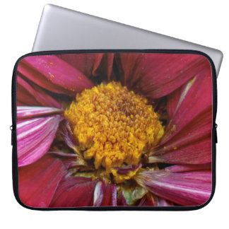Flower - At the center of it all Laptop Computer Sleeves