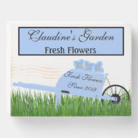 Flower Garden Gardener Florist Personalized Wooden Box Sign