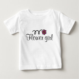 Flower girl tee shirt for toddlers with pink daisy