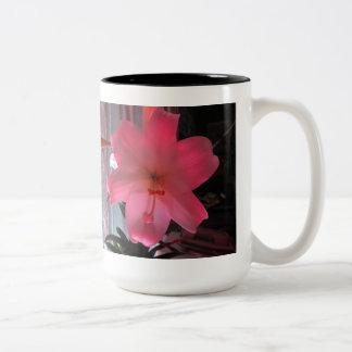 Flower Mug - Lily with LED Colored Lighting