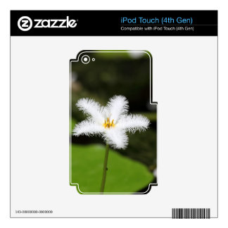 Flower of a floatingheart iPod touch 4G skins