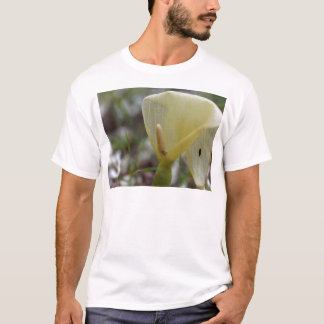 Flower of an Italian arum (Arum italicum) T-Shirt