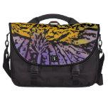 Flower power en púrpura y amarillo bolsa para ordenador