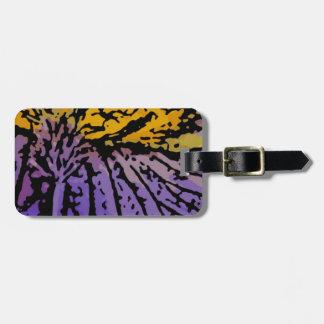 Flower power en púrpura y amarillo etiquetas para equipaje