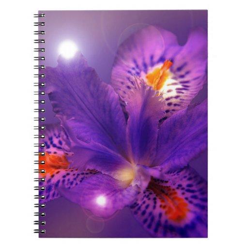 Flower power púrpura cuadernos