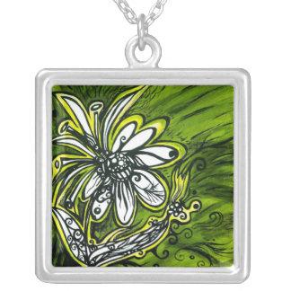 Flower power verde y de oro colgante cuadrado