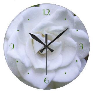 Flower Time Gardenia Round Wallclock