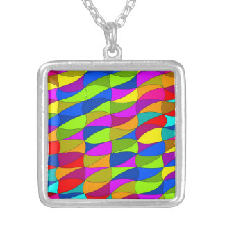 Flowerpower confused pattern square pendant necklace