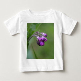 Flowers and blossoms of common comfrey baby T-Shirt