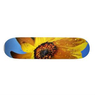 Flowers Dew Wet Water Droplets Skate Board