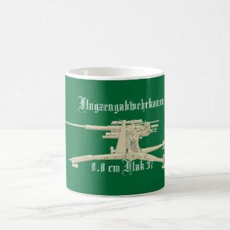 Flugzeugabwehrkanon Flak 88 Classic White Coffee Mug
