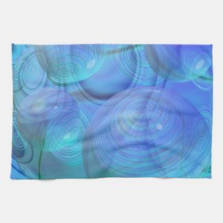 Flujo interno VI - aguamarina y galaxia azul Toallas
