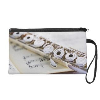 Flute 2 wristlet