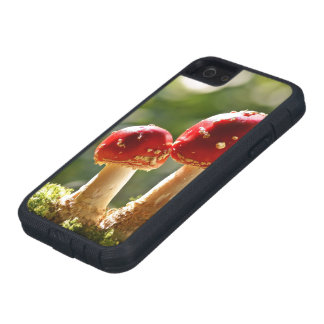 Fly agaric case for iPhone 5