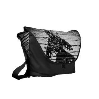 fly back courier bag
