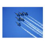 Flyby de los ángeles azules durante la semana 2 de tarjeta postal