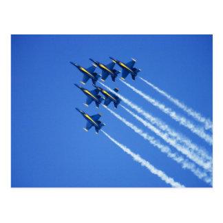 Flyby de los ángeles azules durante la semana 2 de postal