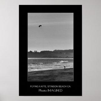 FLYING A KITE, STINSON BEACH CA., US POSTER