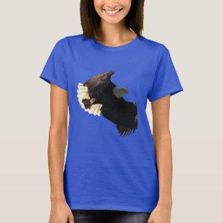 Flying Bald Eagle Wildlife Photo Design T-Shirt