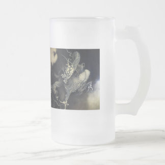 'Flying dragon theatre/playing child figure ' Kanō Frosted Glass Beer Mug