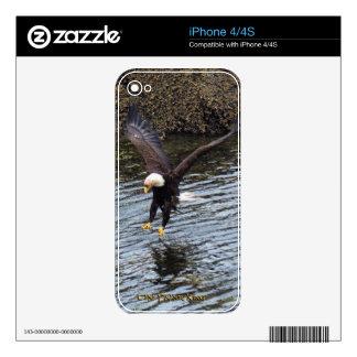 Flying Eagle Fishing 2 Wildlife iPhone 4 Skin
