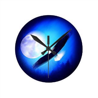 Flying Eagle & Moon Round Clock