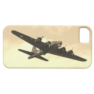 Flying Fortress In Flight iPhone SE/5/5s Case