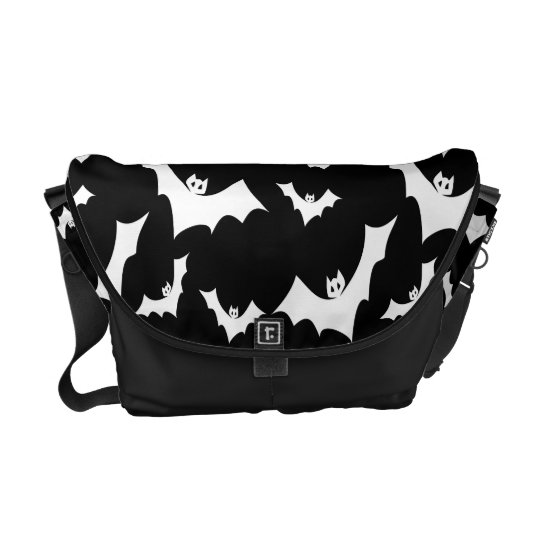 Flying Gothic Vampire Bats Pattern Courier Bag