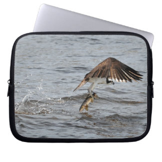 Flying Osprey & Fish Raptor Wildlife Sleeve