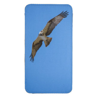 Flying osprey with a target in sight galaxy s4 pouch