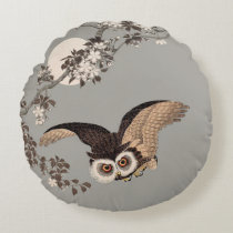 Flying Owl Japanese Print Art Vintage by Shōson Round Pillow