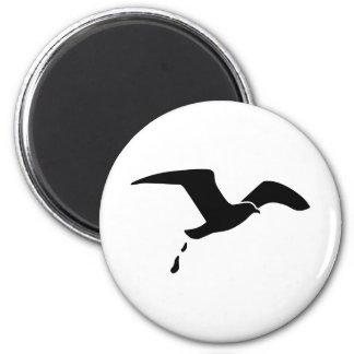 Flying seagull magnet