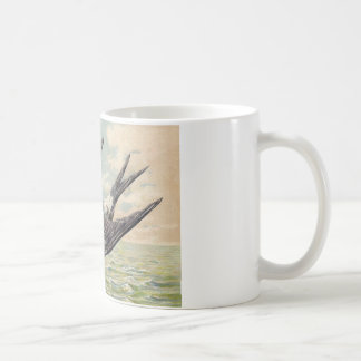 Flying swallow with flower twig taza de café