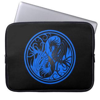 Flying Yin Yang Dragons - blue and black Laptop Sleeve