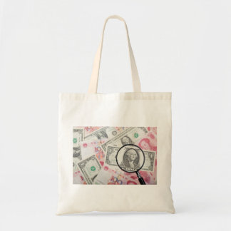 Focus on US currency Budget Tote Bag