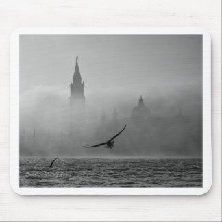 Fog de Venice over Alfombrillas De Raton