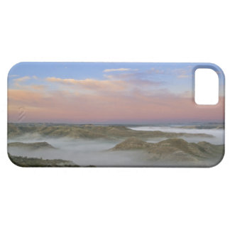 Fog from the Little Missouri River hangs in the iPhone SE/5/5s Case