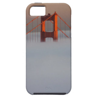 Fog rolls through the San Francisco bay covering 2 iPhone SE/5/5s Case