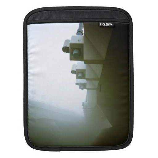 Foggy Waterfront Trail 09 Rickshaw Sleeve Sleeve For iPads