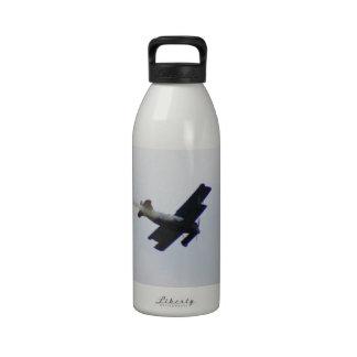 Fokker modelo que hace humo botella de agua
