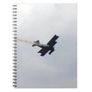 Fokker modelo que hace humo cuadernos