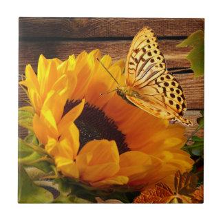 Follaje rústico de la mariposa del girasol de la c azulejo cuadrado pequeño