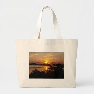 Follow the light home tote bag