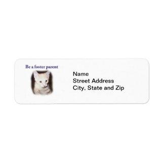 Fomente a un mascota etiqueta de remite
