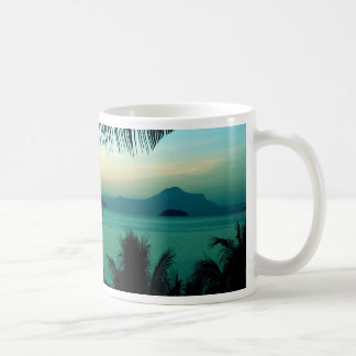 Fondo 2 de la niebla de la mañana taza de café