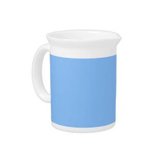 Fondo azul en una jarra