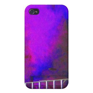 Fondo azul y negro púrpura con la foto de la escal iPhone 4 protectores