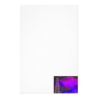 Fondo azul y negro púrpura con la foto de la escal papelería de diseño